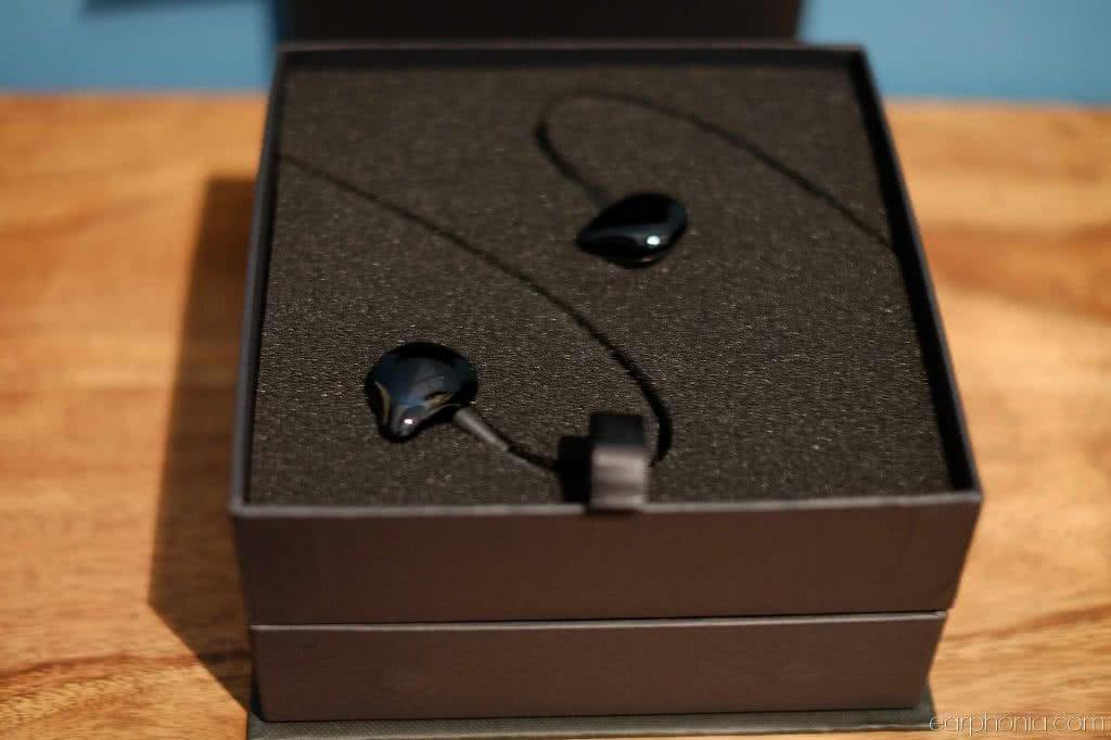 iBasso black jewels
