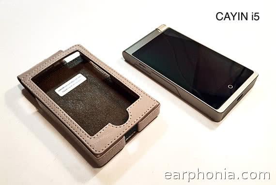 earphonia.com - custom leather Digital Audio Player Cases by Valentin Valentinum