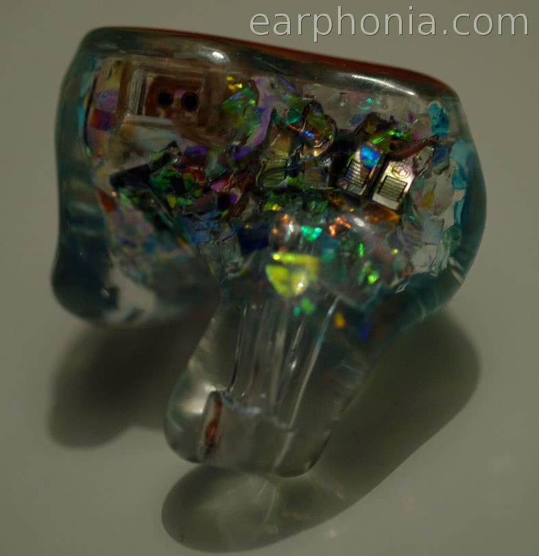 earphonia.com Advanced Acousticwerkes W900 Reference Hybrid CIEM