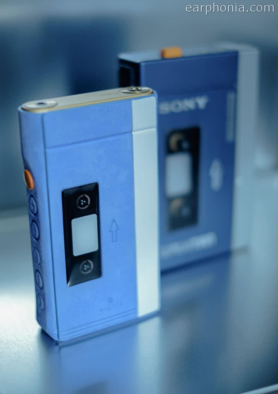 earphonia.com-Sony-Walkman-TPSL2-Rare-Dignis-Case