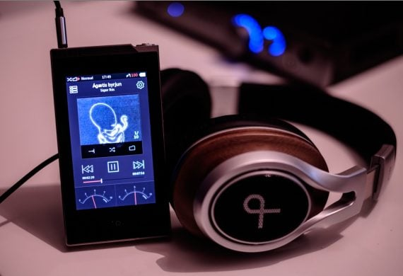 earphonia.com Mitchell and Johnson GL2 headphone review