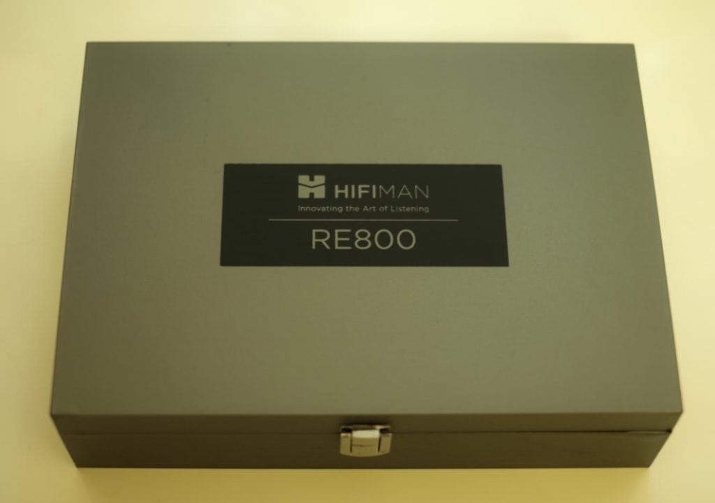 earphonia.com HifiMan RE800 Unboxing