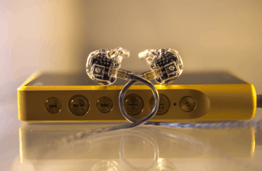 earphonia.com review of the EarSonics Velvet V2 Crystal Earphone