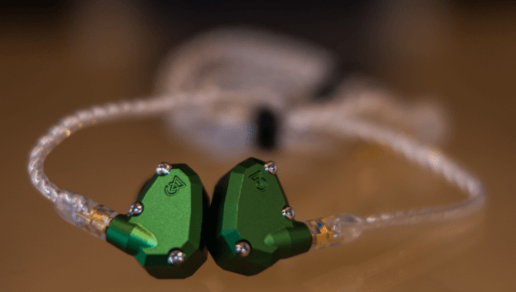 earphonia.com Campfire Audio Andromeda Earphone Unboxing