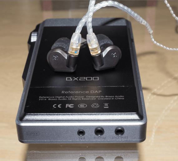 earphonia.com Campfire Audio Lyra II Earphone Unboxing