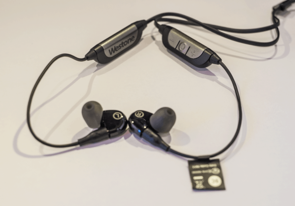 earphonia.com Westone WX1 earphone Unboxing