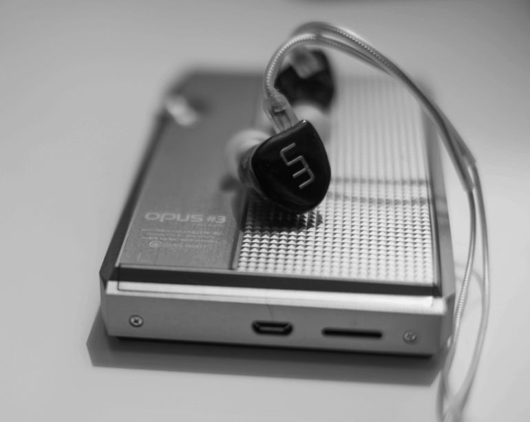 earphonia.com review of Unique Melody Mentor Earphone