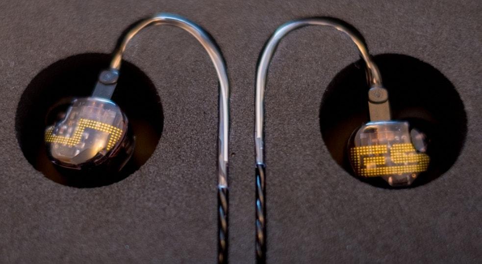 earphonia.com review of EarSonics ES5 Earphone